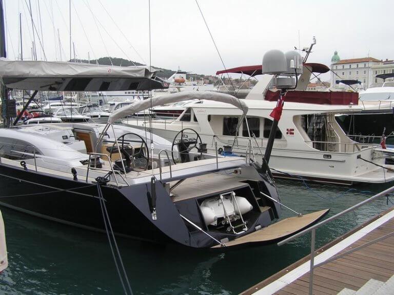 automatic hydraulic sailing boat yacht transom door